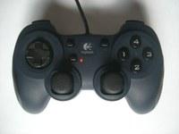 Les contrôleurs de jeux